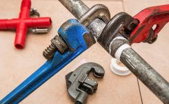 When is it Time to Call a Plumber?